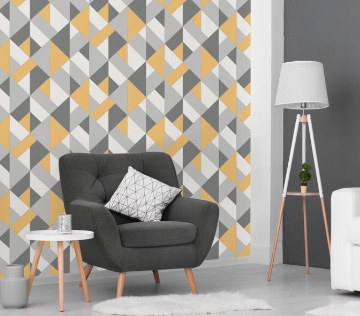 Top Tips for Removing Wallpaper