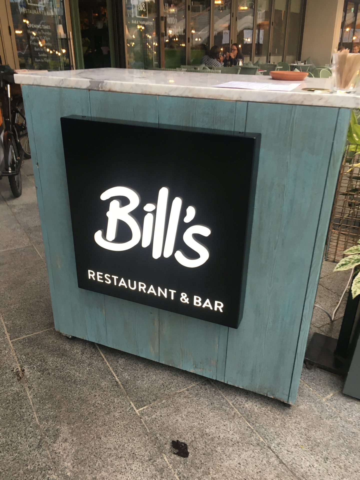 Bills Restaurant | Review *